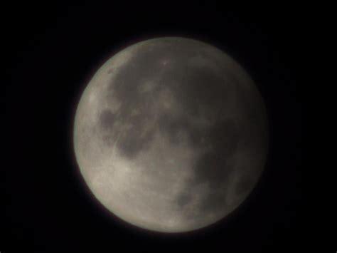 open minda gerhana bulan separa  planet zuhal  april