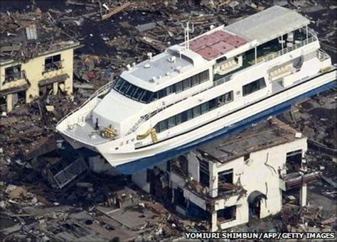 boat parts japan cbbc newsround pictures japan earthquake and tsunami