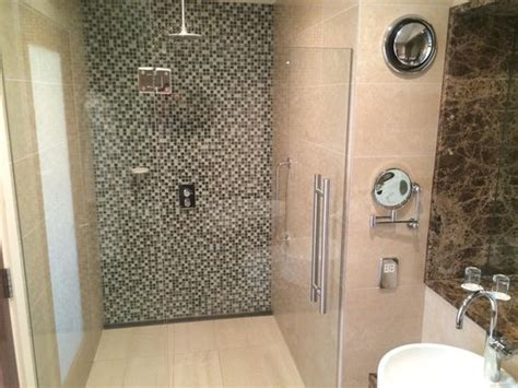 Hotels With Walk In Showers by Large Walk In Shower Executive Room Picture Of Clayton