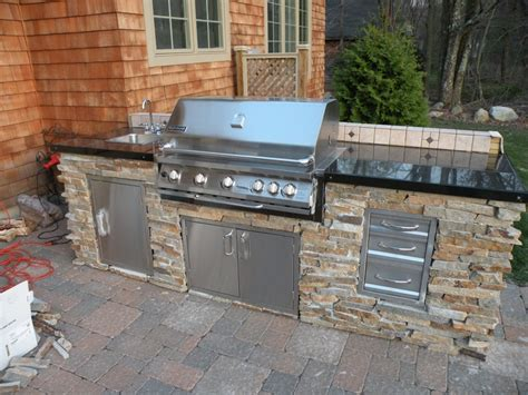 small outdoor kitchen small outdoor kitchen google search backyard stuff