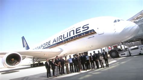 experiencing   delivery singapore airlines youtube