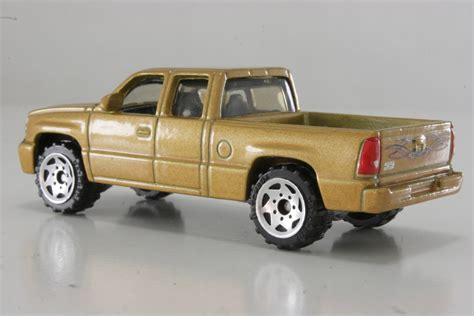matchbox chevy matchbox chevy silverado ss 28 images mb672