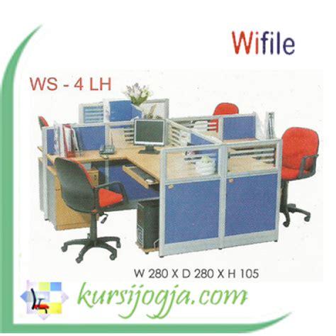 Meja Komputer Victor wifile