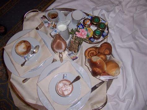 colazione romantica a letto colazione a letto foto di grand hotel mazzaro sea palace