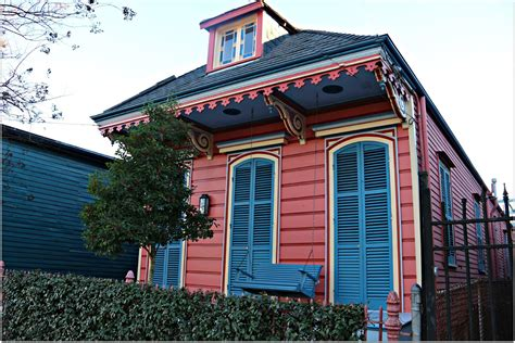 new orleans colorful houses new orleans neighborhoods of the quarter marigny and bywater homes condos and photos