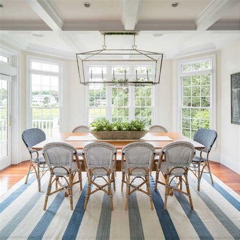Coastal Dining Room Table Interior Design Ideas Home Bunch Interior Design Ideas