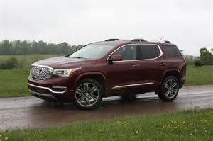2017 gmc acadia promises better living through downsizing pictures