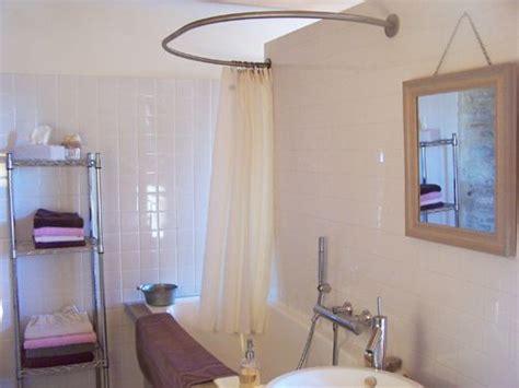 barre de rideau de baignoire barre ovale rideau de baignoire clos de pomeir