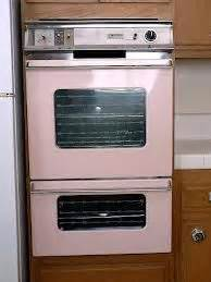 hot pink kitchen appliances 25 best ideas about pink kitchens on pinterest pink