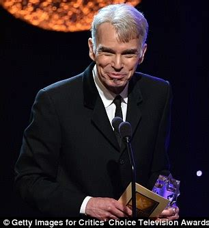 Big night fargo star billy bob thornton accepted the award for best