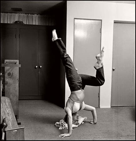 marilyn monroe bench press vintage marilyn monroe working out on her iconic figure