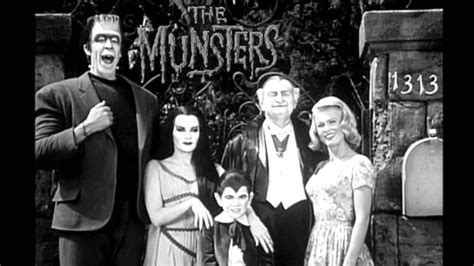 imagenes de la familia monster gratis mack keaton munsters theme arrangement youtube