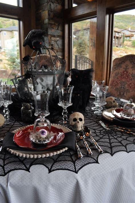 scary halloween decorations to make at home 33 spooky scary halloween decorations for 2016