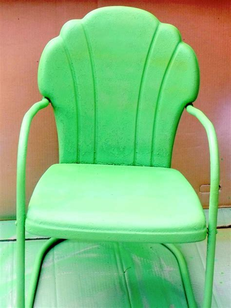 painting metal chairs how to tell if metal furniture and decor is worth