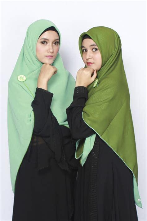 Jilbab Segi Empat Hijau Tosca Sella Khimar Bolak Balik Tosca Muda Hijau Army