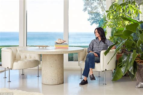 Courteneys Malibu Pad Up For Sale by Courteney Cox Sells Some Of The Pieces In Malibu Home
