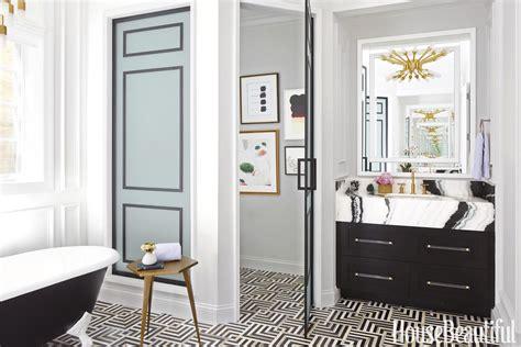 eitelkeit im badezimmer dieses schwarz wei 223 e badezimmer ist ein geometrischer