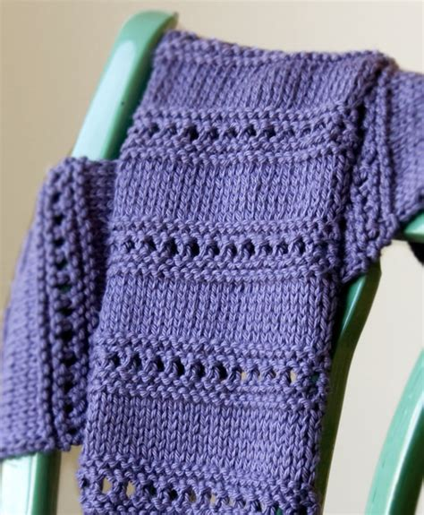 free knit scarf pattern sneak peek free beginner scarf pattern tricksy knitter