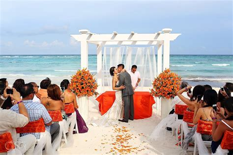 Riviera Maya Wedding at Grand Palladium   Elaine and Egan