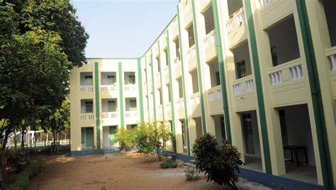 Mba Courses Offered In Loyola College Chennai by Loyola College Chennai Images Photos Gallery