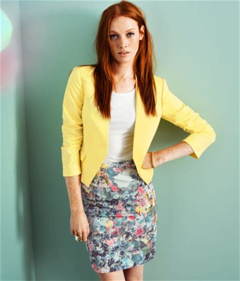 weekly floral pencil skirt chatelaine