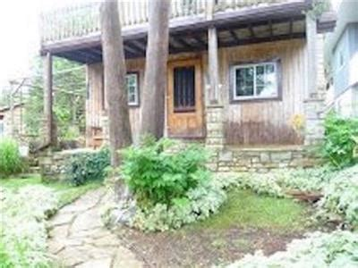 Lions Cottage Rental by Lions Bruce Peninsula Lake Huron Ontario Cottage