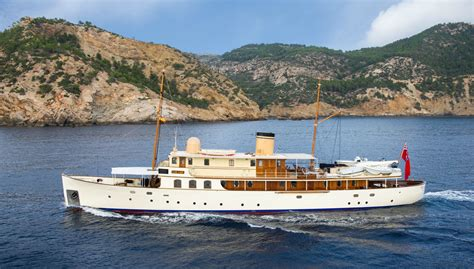 motorjacht lady jane fair lady superyacht luxury motor yacht for charter with