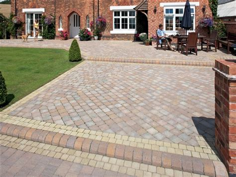 paving designs for patios paving patio ideas patio paving bricks patio paving ideas interior designs flauminc