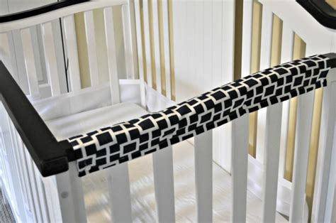Covers For Cribs by 1000 Ideas About Crib Teething Guard On Crib