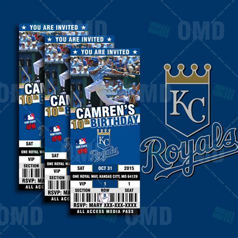 Wedding Invitations Kansas City by Sports Invites 2 5 215 6 Kansas City Royals Sports
