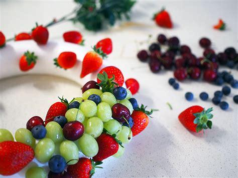how to make christmas fruits how to make an edible fruit wreath