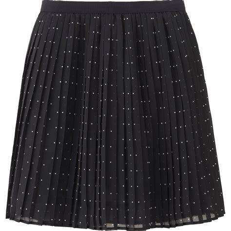 chiffon pleated mini skirt uniqlo chiffon pleated print mini skirt in black lyst