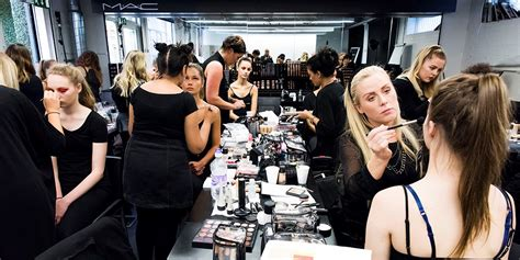 Becoming A Mac Makeup Artist by Confessions Of A Former Mac Makeup Artist This Is What Really Caused Me To Quit
