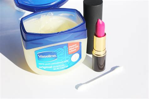Lipstik Vaseline vaseline secrets makeup in india