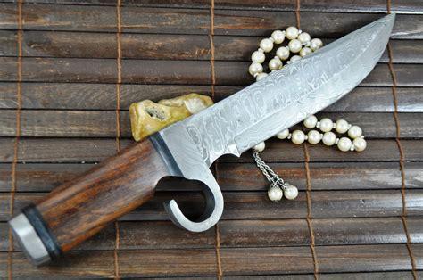 Handmade Survival Knives - custom made damascus knife survival knife