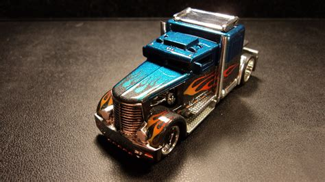 Hotwheels Custom custom wheels convoy custom dads custom creations and airbrush