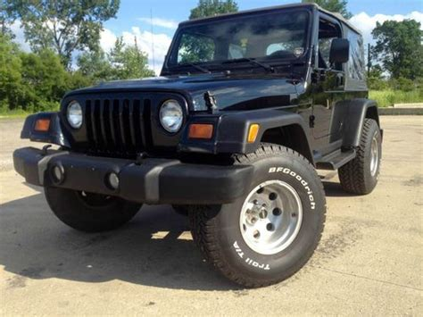 Jeep Wrangler 33 Inch Tires Buy Used 1998 Jeep Wrangler 4 0 L Lifted 33 Inch Tires