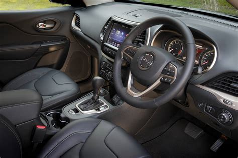 2014 Jeep Limited Interior 2014 Jeep On Sale In Australia From 33 500