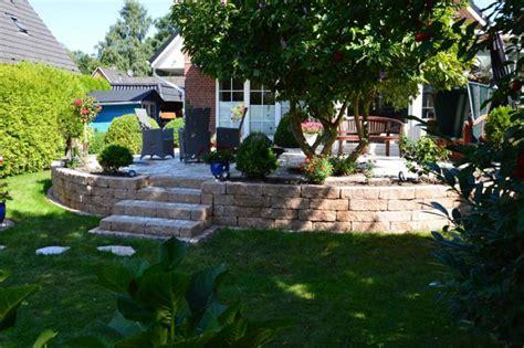 terrasse bepflanzen terrassenbau aus holz terrassenbau holz garten