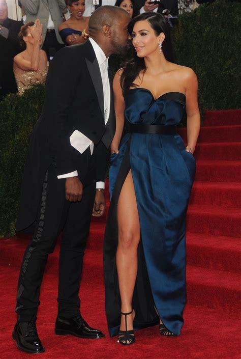 kim kardashian couch kim kardashian met gala couch male models picture