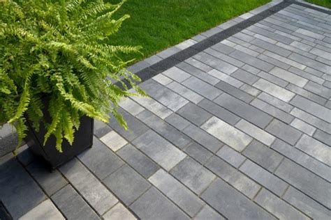 Unilock Artline Pavers Unilock Artline Paver Front Entrance From