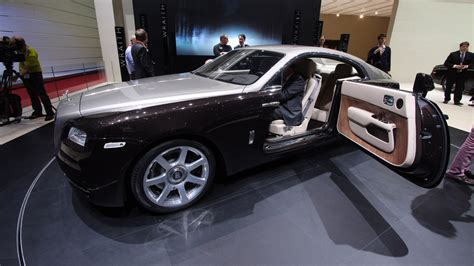 the rolls royce wraith has doors
