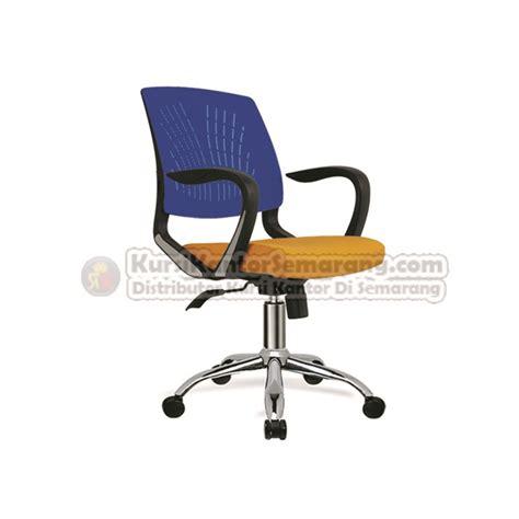 Kursi Kantor Di Semarang kursi direktur manager indachi erite i cr kursi kantor semarang