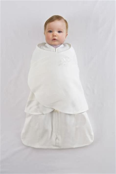 can i swaddle my baby in the crib can i swaddle my baby in the crib 28 images swaddle
