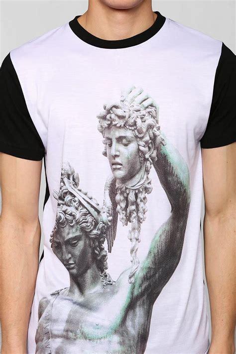 Kaos T Shirt Illuminati l a t h c medusa wishlist