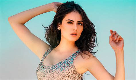 Top Controversies Of Former Bigg Boss Contestant Mandana - shocking ex bigg boss contestant mandana karimi is least