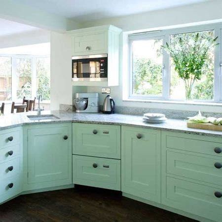 Plain White Kitchen Cabinets I A Plain White Melamine Kitchen My Kitchen Is Quite Large With Many Cupboards And