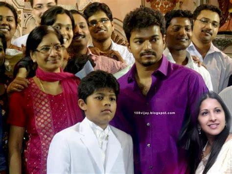 tamil actor vijay family hd photos vijay actor family photos www imgkid the image kid