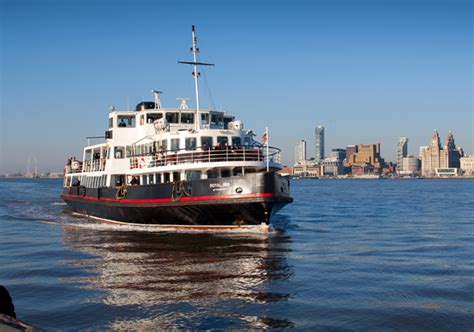 boat tour liverpool liverpool cruise on the river mersey and bus tour of