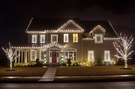 holiday lighting halo outdoor